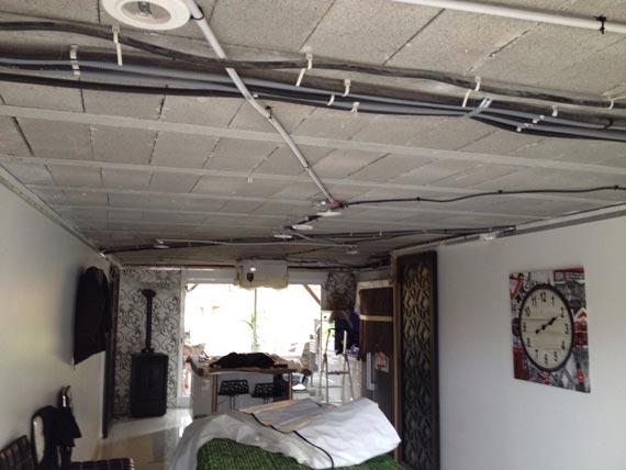 plafond tendu décoration : chantier avant/après