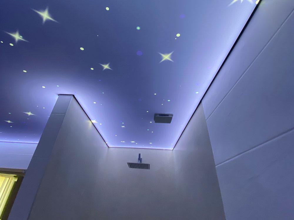 Plafond rétro éclairé pour une ambiance étoilée